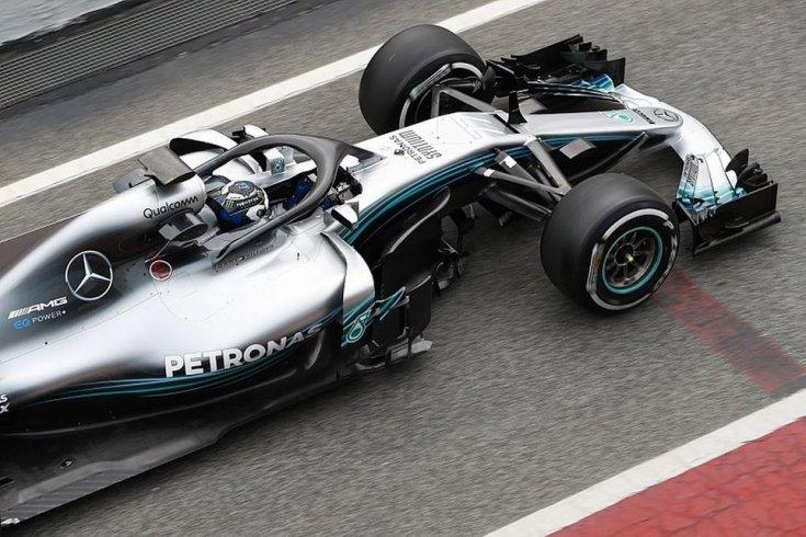 Mercedes F1 felülnézetből