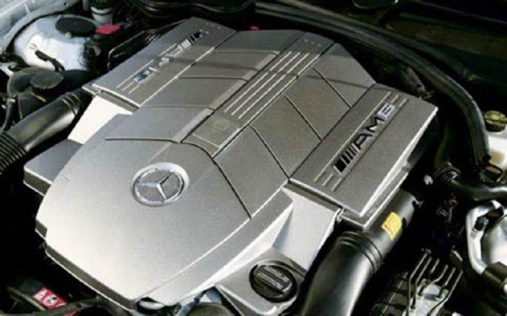 Mercedes SLK 55 AMG V8 motor