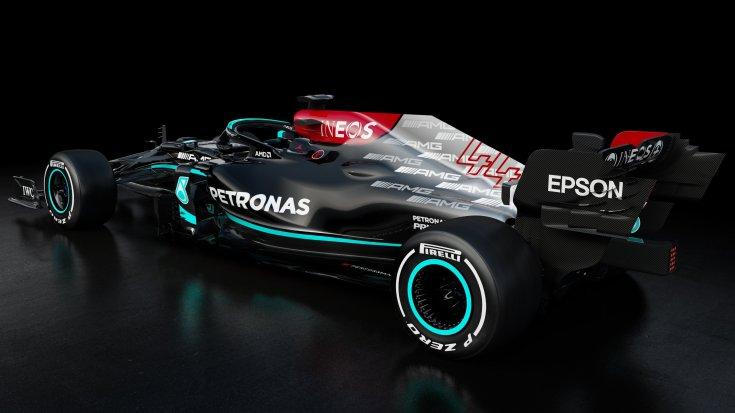 A Mercedes 2021-es konstrukciója oldalról