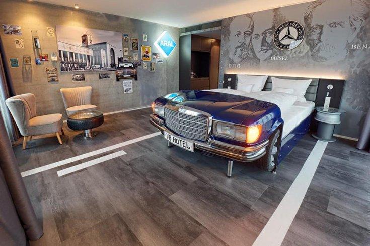 Mercedes-stílusú fekhely