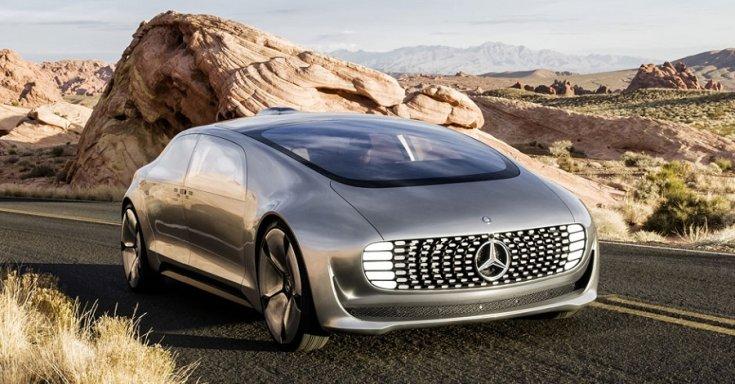 Mercedes-Benz F015 tanulmányautó, ezüst, oldalnézet, balról