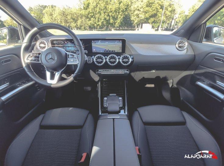 Mercedes-Benz GLA teszt Alapjárat