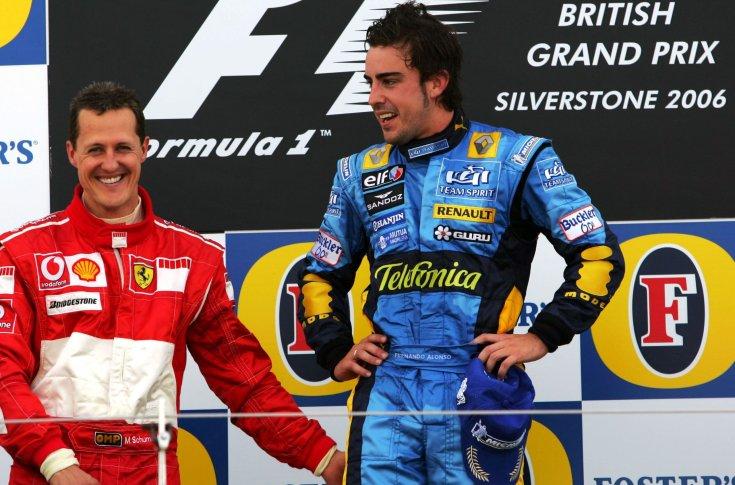 Michael Schumacher (balra) és Fernando Alonso