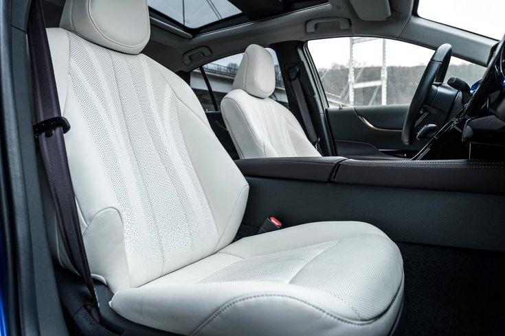 Toyota Mirai ülések