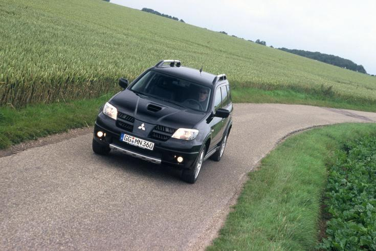 Mitsubishi Outlander Turbo 2004