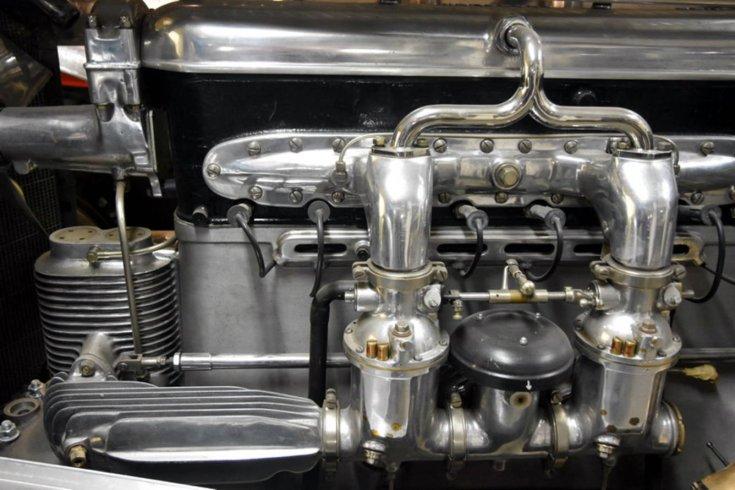 A Mercedes-Benz SSK motorja