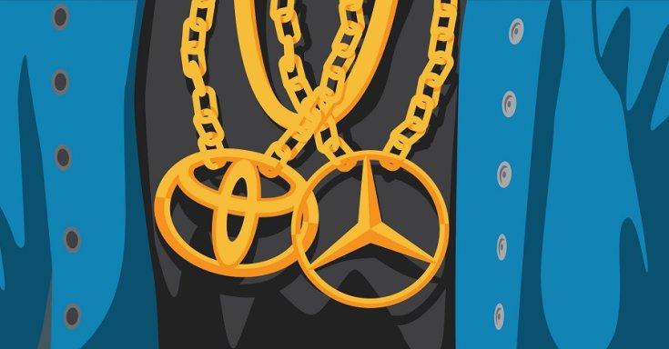 Mercedes és Toyota medálos arany nyaklánc