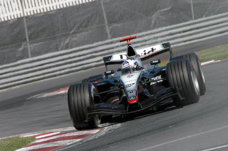 2004 McLaren MP4-19A és MP4-19B