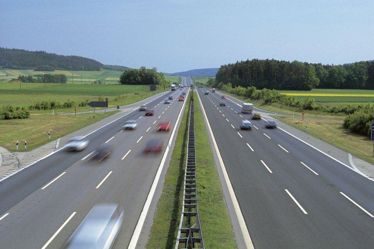 Forgalom az autópályán