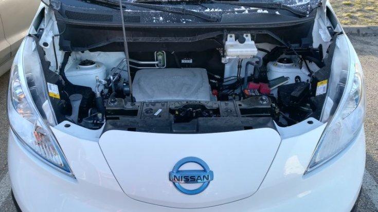 Nissan e-NV200 XL Voltia motortér