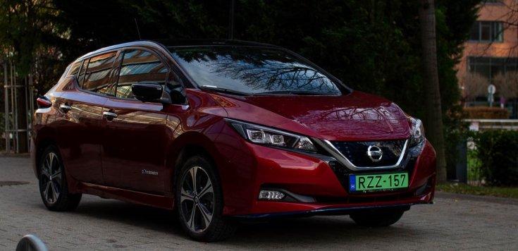 Nissan Leaf oldalról