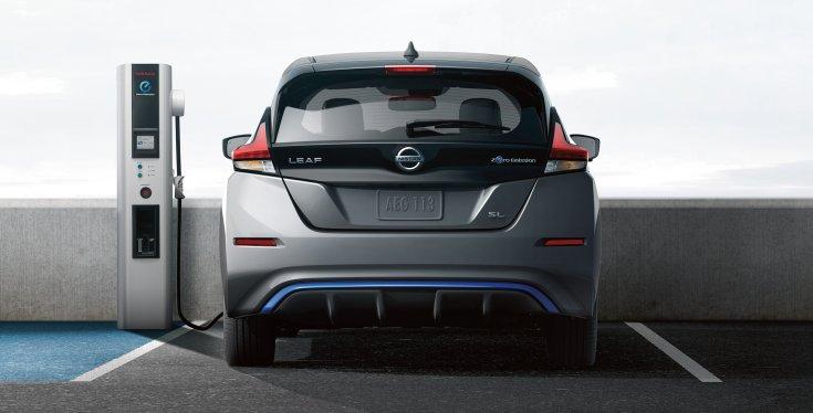 Nissan Leaf töltőn