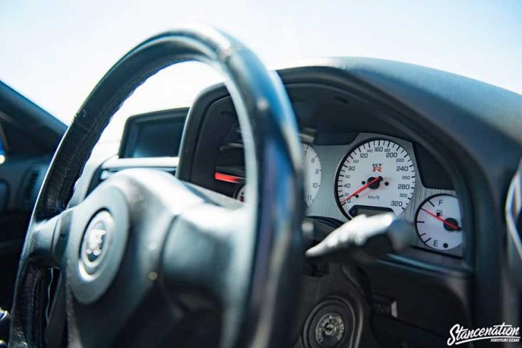 Nissan R34 GT-R tuning műszerfala