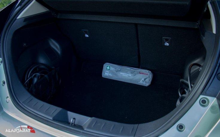Nissan Leaf csomagtér