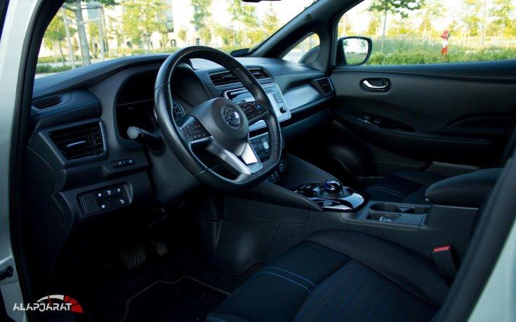 Nissan Leaf beltér