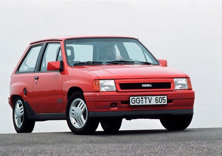 Opel Corsa A GSi elölről