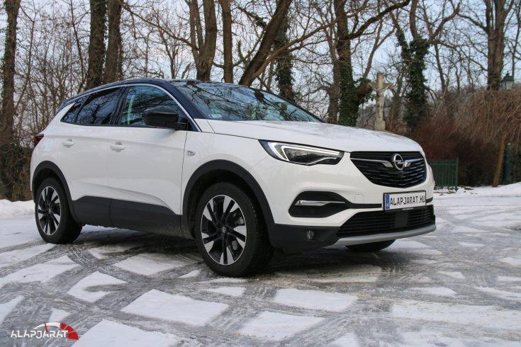 Opel Grandland X teszt alapjarat
