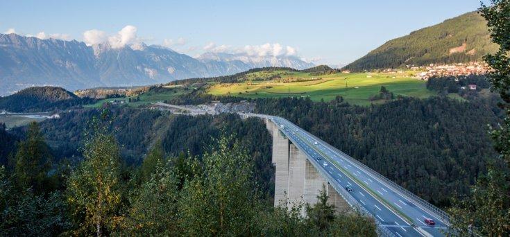 Autópálya híd