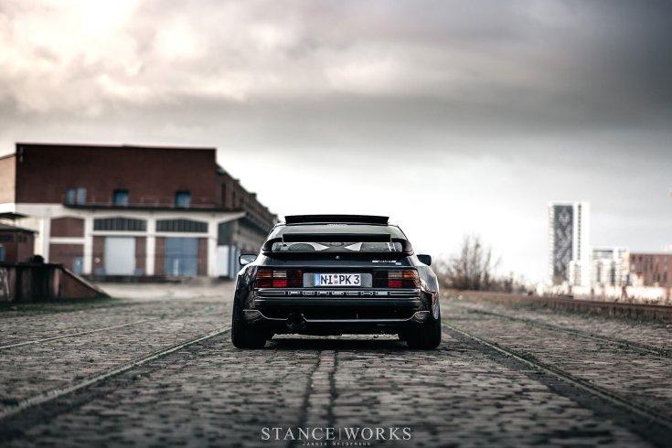 Porsche 944 hátulról