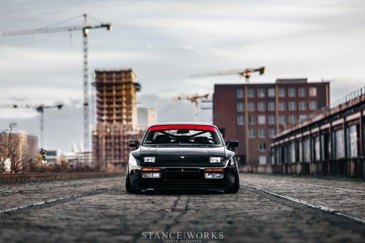 Porsche 944 szemből