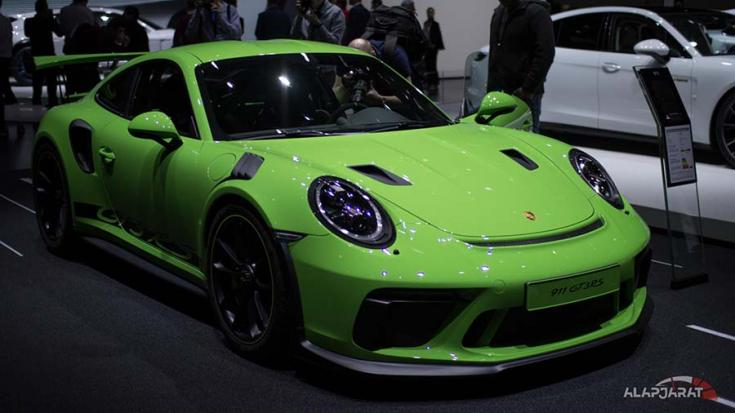 2018-as Porsche 911 GT3 RS elölről
