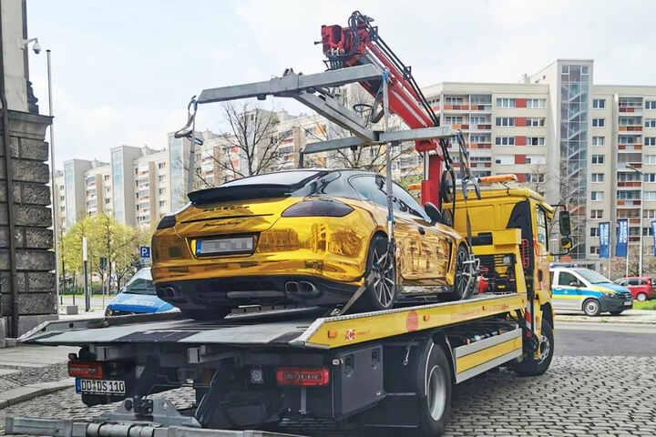 Porsche Panamera a tréleren