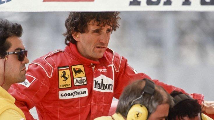 Alain Prost Ferrari szerelésben oldalról