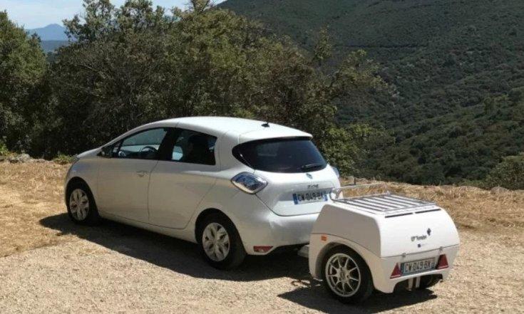 Elektromos Renault ZOE és az EP utánfutóra szerelt akkumulátora