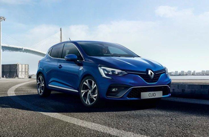 Renault Clio szemből