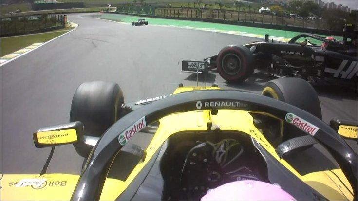 Ricciardo és Magnussen ütközése