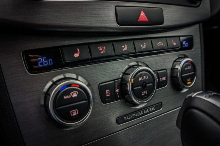 Volkswagen CC klímapanel