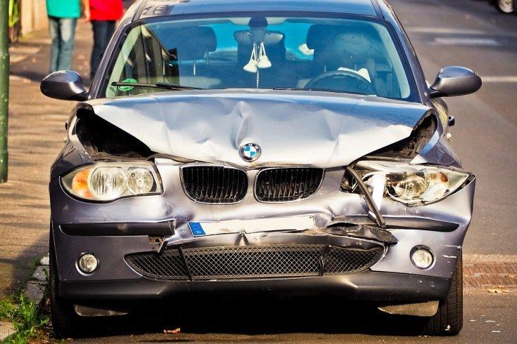 Sérült BMW szemből