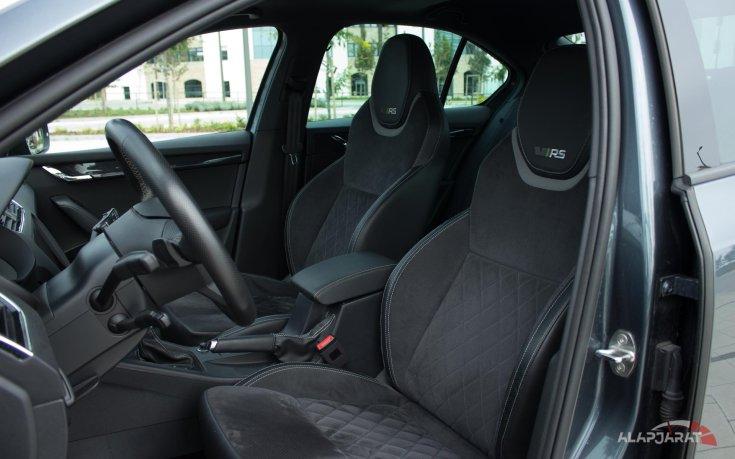 Skoda Octavia RS teszt