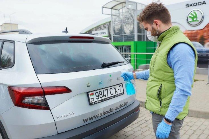 Fehérorosz rendszámmal ellátott Škoda