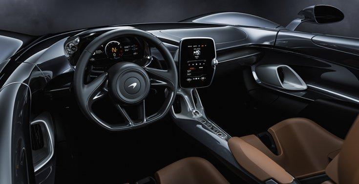 A McLaren Elva utastere