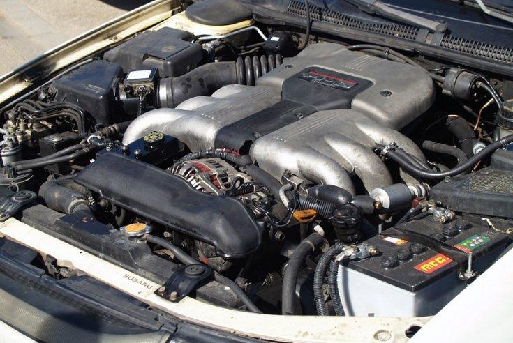 Subaru SVX motorja