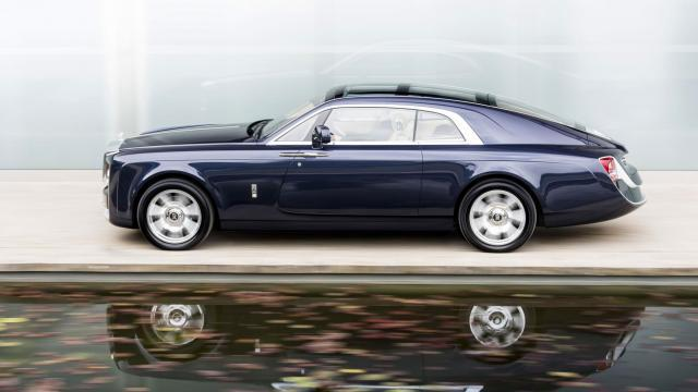 Rolls-Royce Sweptail oldalról