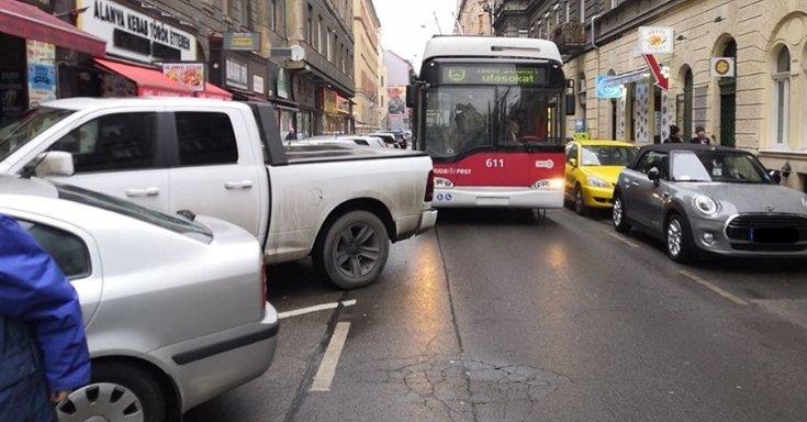 Szabálytalan parkolás Budapesten