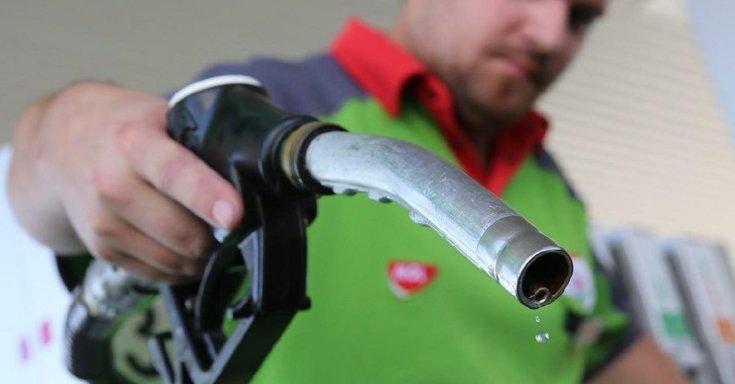 Csöpög az üzemanyag a tankoló pisztolyból