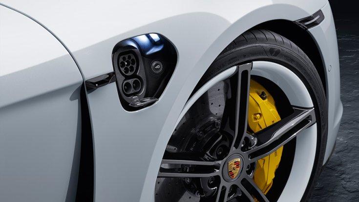 A Porsche Taycan elektromos töltője