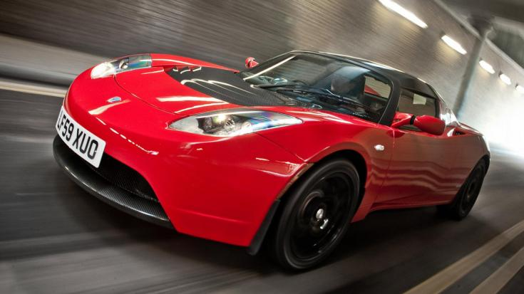 Tesla Roadster sportautó