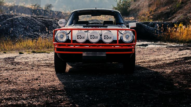 A Porsche 911 SC Safari elölről fotózva