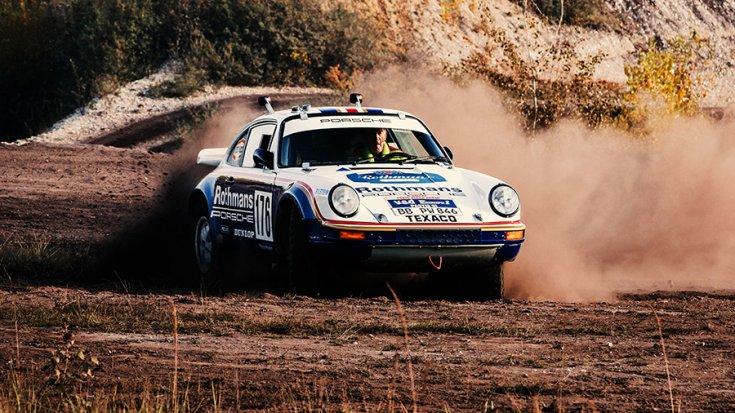 A Porsche 911 Paris-Dakar keresztben