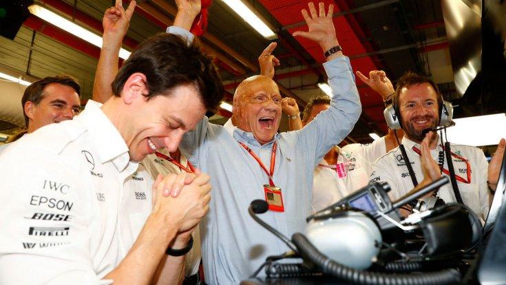 Toto Wolff és Niki Lauda egy győzelem után
