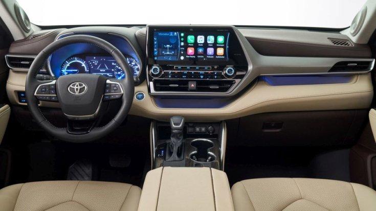 Toyota Highlander 2020 belső tér