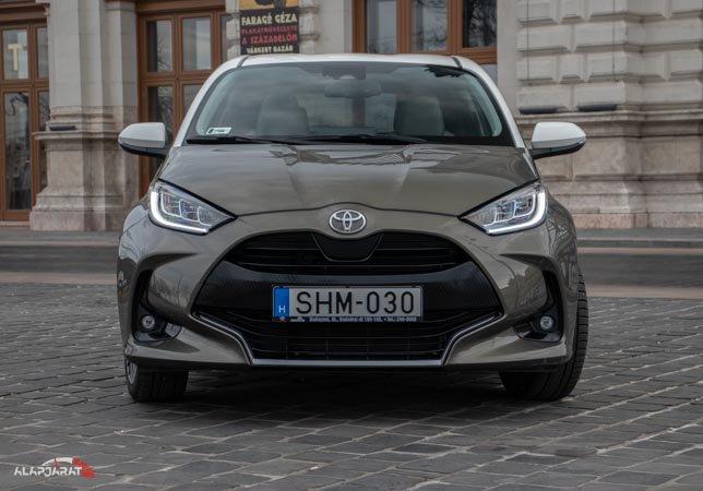 Toyota Yaris 1.5 cvt teszt alapjárat