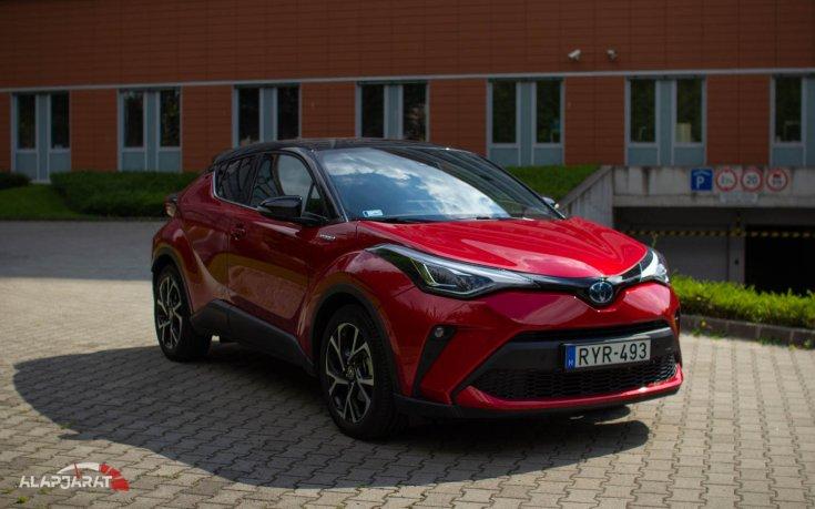 Toyota CH-R 2.0 hybrid teszt alapjárat