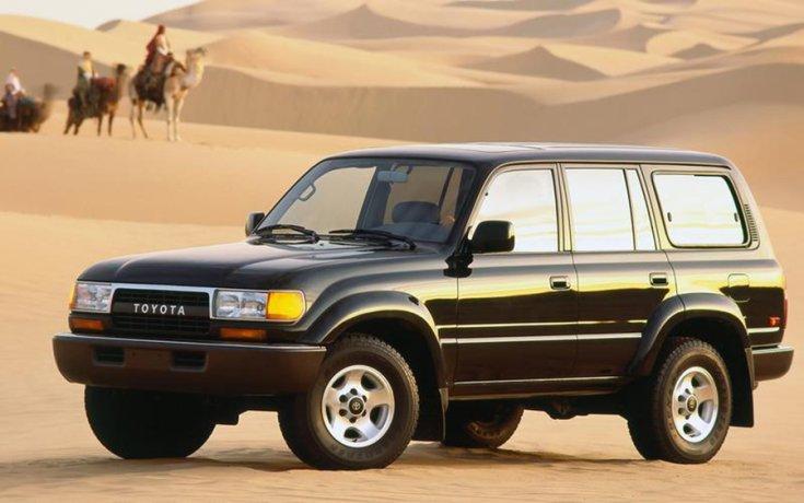 A Toyota Land Cruiser a sivatagban