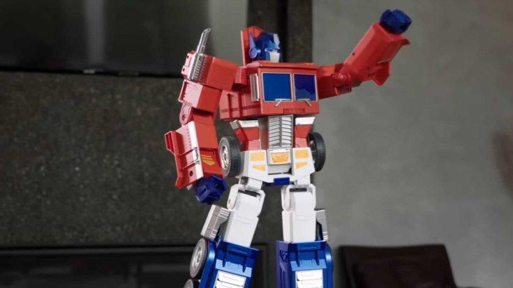 Optimus Prime minirobot integet