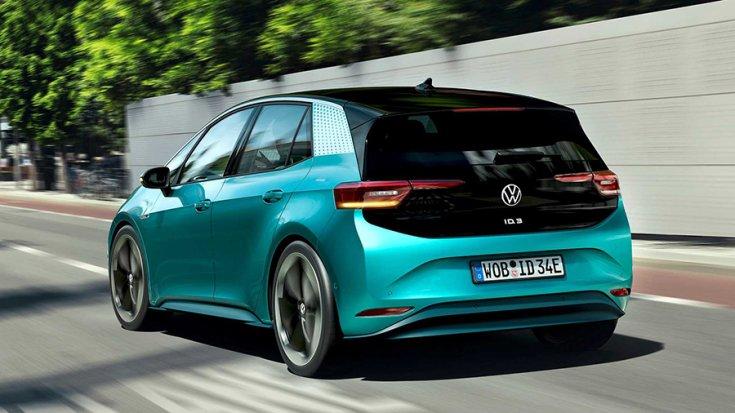 A Volkswagen ID.3 hátulról fotózva